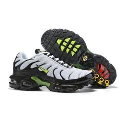 Zapatillas Nike Air Max Plus QS Hombre - Blanco Negro Verde