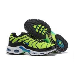 Nike Air Max Plus QS Zapatilla de Deporte Verde Negro